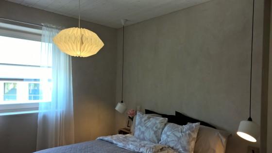Seinissä oleva savilaasti on ekologinen, hengittävä, terveellinen, turvallinen, kaunis.